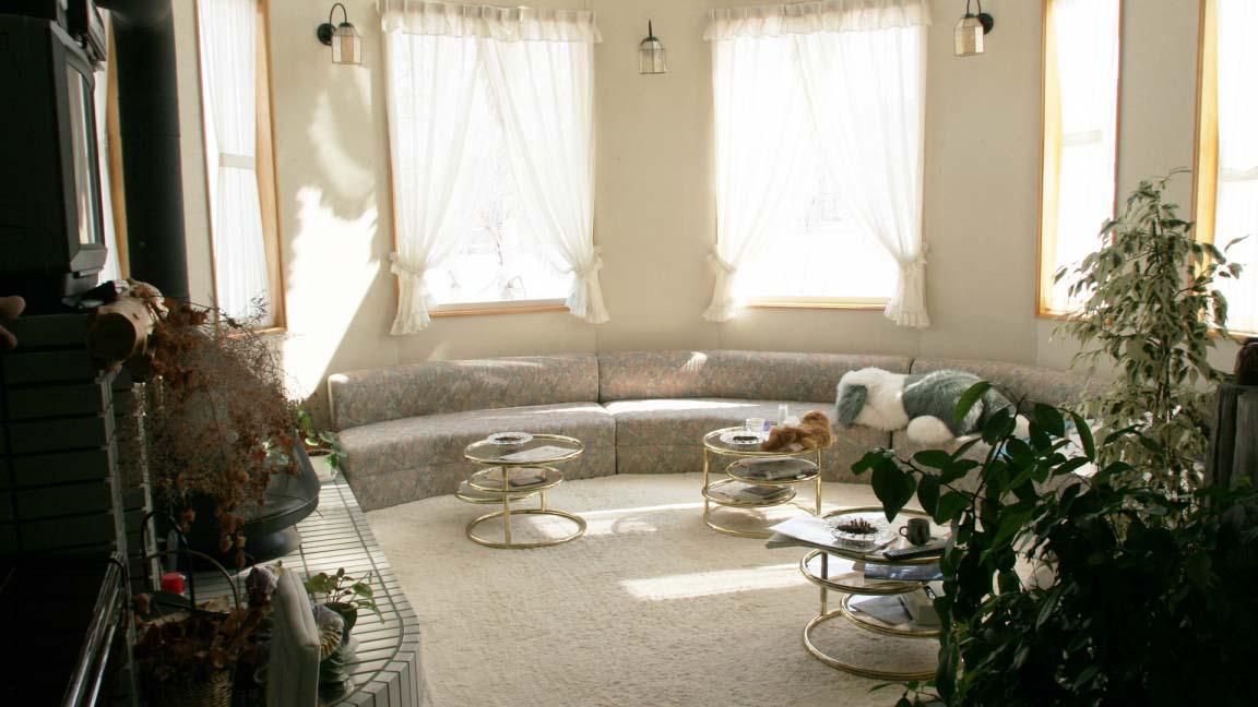 b&b_furano_lounge_220515_medium