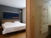 forest_view_bedroom1_240615_medium