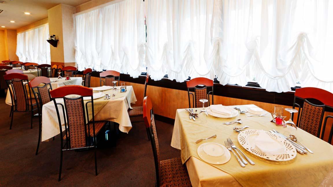 hakuba_springs_hotel_dining