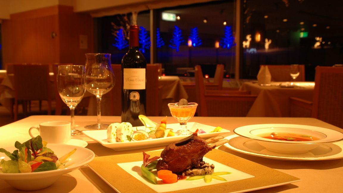 hotel_appi_grand_-_tower_restaurant2_240615_medium