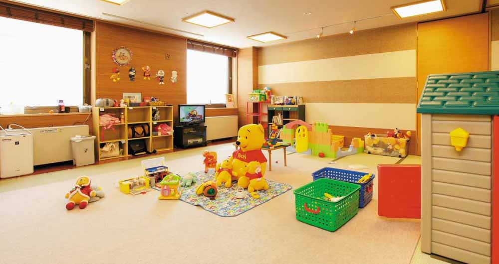hotel_niseko_alpen_child_care_200515_medium