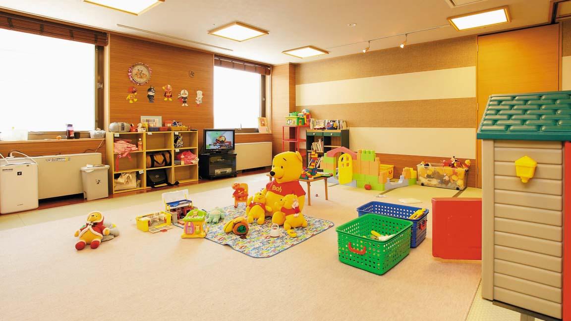 hotel_niseko_alpen_child_care_200515_medium