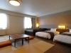 hotel_niseko_alpen_deluxe_western_combo_room_200515_medium