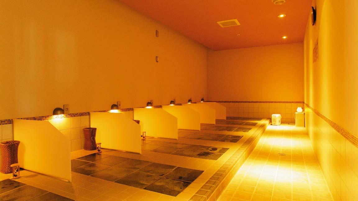 hotel_niseko_alpen_hot_stone_sauna_200515_medium