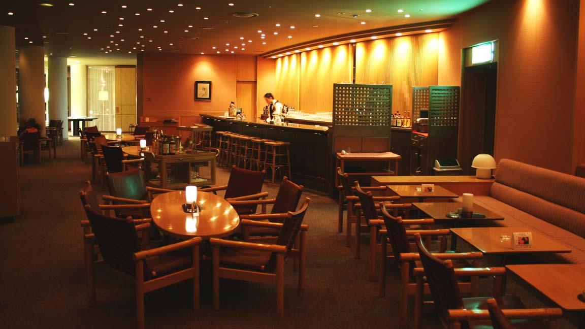 new_furano_prince_hotel_top_of_furano_bar_140515_medium