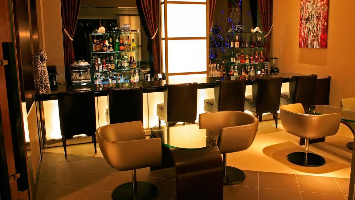 phoenix_hotel_bar