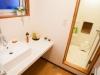 powder_cottage_bathroom2_190515_medium