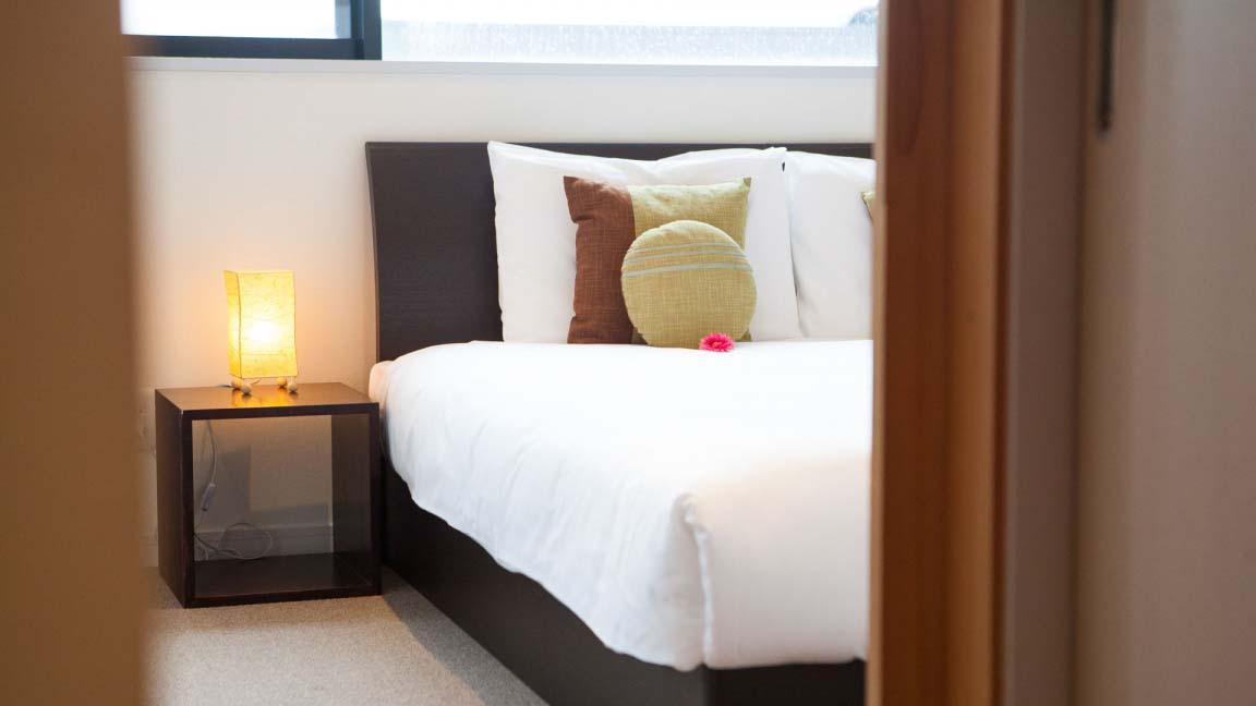 powder_haven_bedroom1_190515_medium