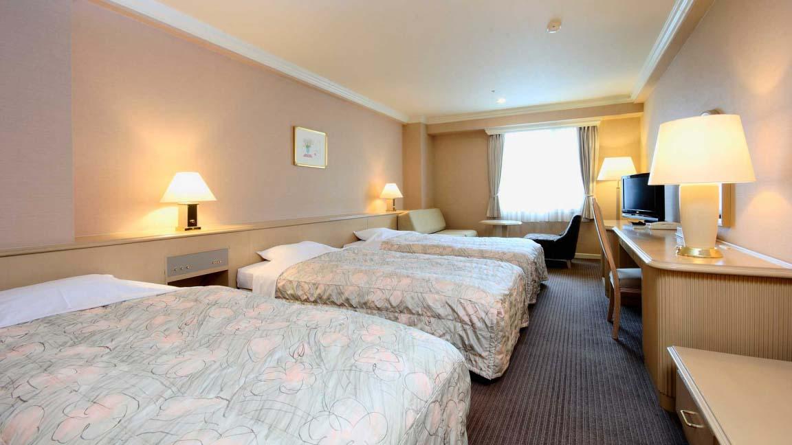 rusutsu_north_and_south_wing_rusutsu-resort-north-south-family-room_080515_medium