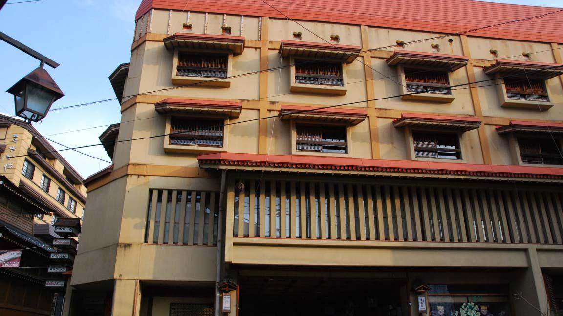tokiwaya_ryokan_exterior_190515_medium