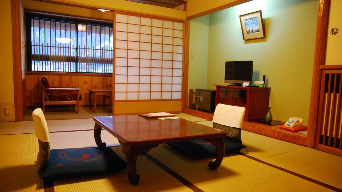 tokiwaya_ryokan_japanese_room2_190515_medium