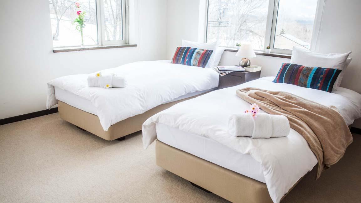 yukisawa_bedroom2_190515_medium