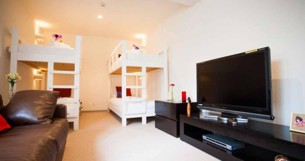 yutaka_bedroom_bunk_beds_190515_medium