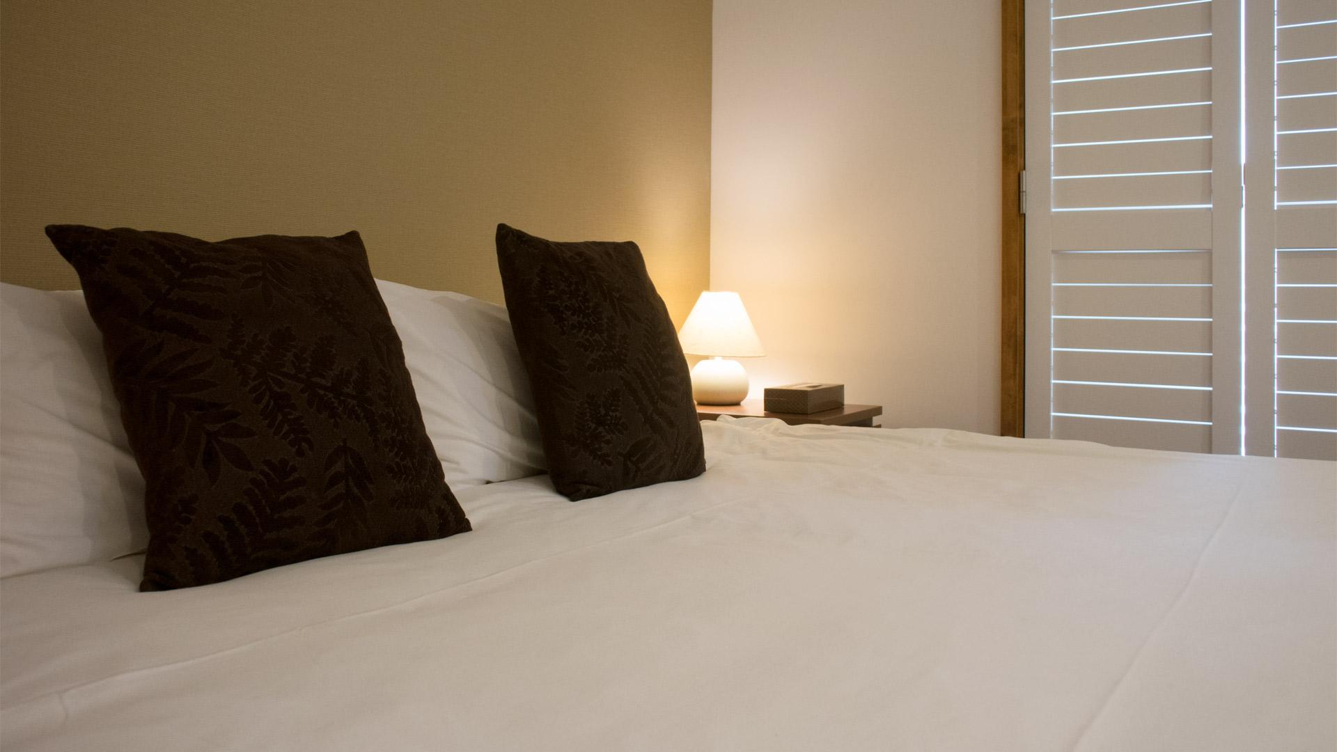 shirokuma1-bedroom2