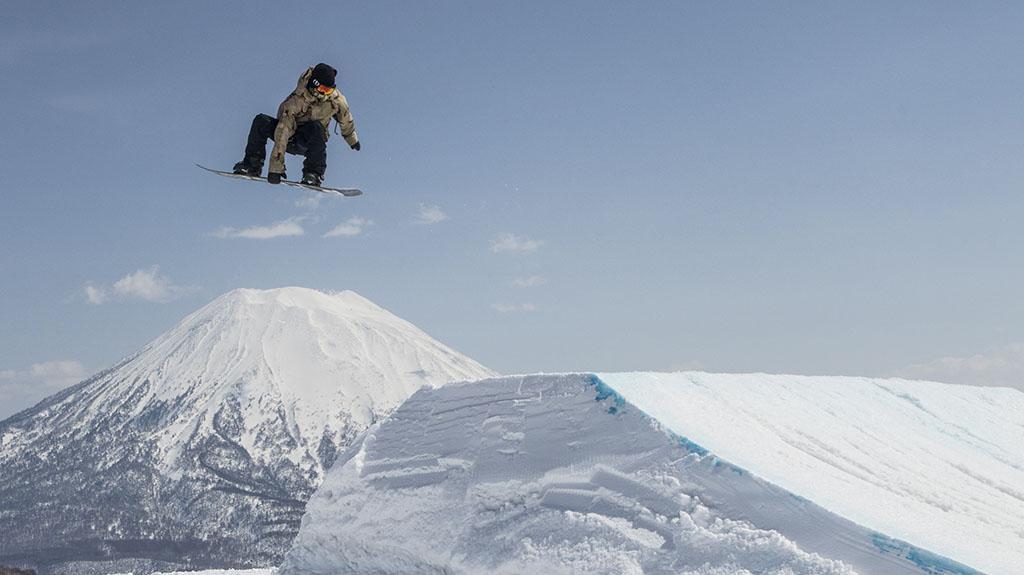 spring_park_snowboarder_niseko