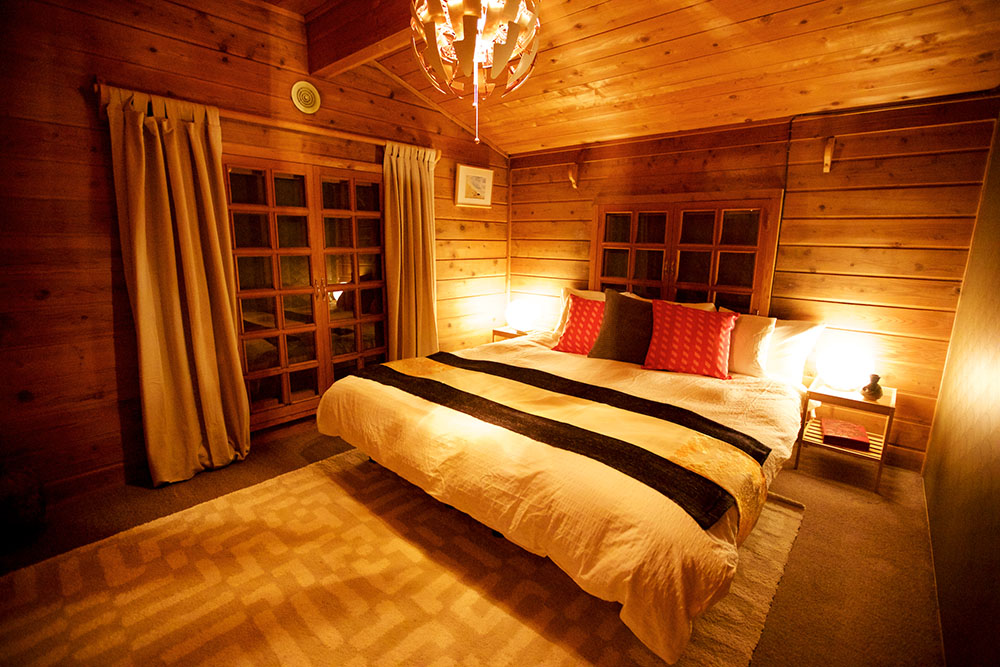 Snowball Chalet Deluxe Room 2